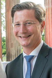Dr Torsten Fischer